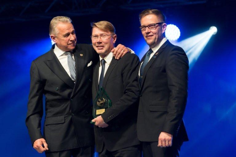 Mika Häkkiselle merkittävä kunnianosoitus