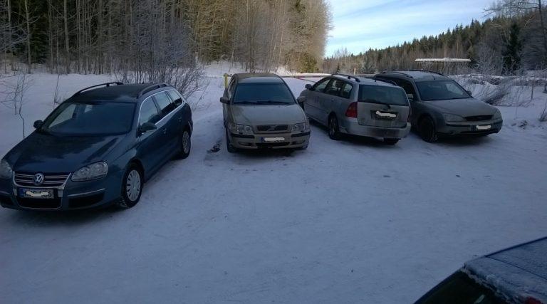Päivän kuva: Puomin edusta ei ole parkkipaikka