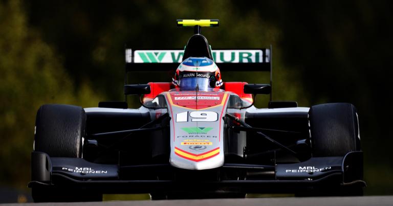 GP3: Simo Laaksonen Abu Dhabin ensimmäisessä startissa yhdeksänneksi