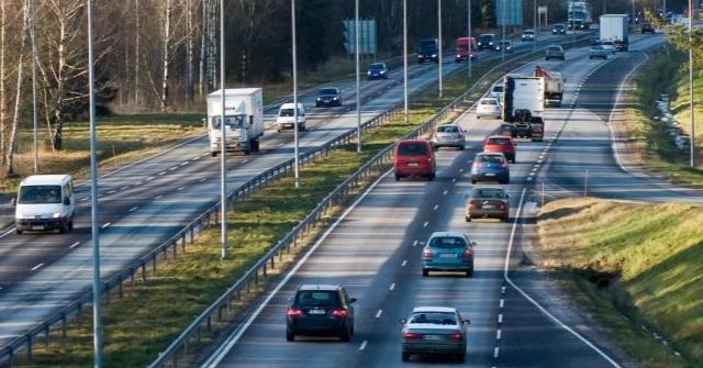 Yritysautojen omistaminen on edelleen suomalaisissa yrityksissä yleistä