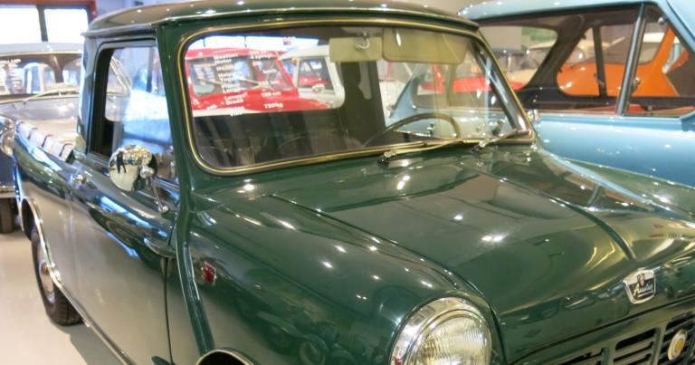 Päivän museoauto: Brittiläinen avolava