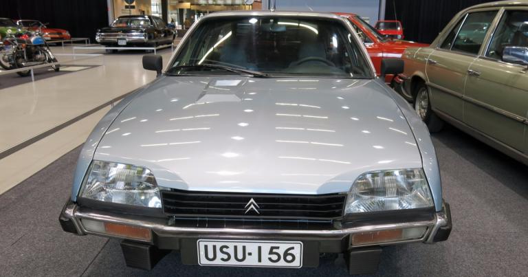 """Vuoden auto: Vuonna 1975 valituksi tuli """"viimeinen todellinen Citroen"""" – Citroen CX"""