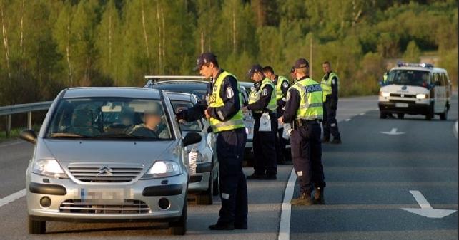 Tiistaina poliisi puhalluttaa tavallista enemmän