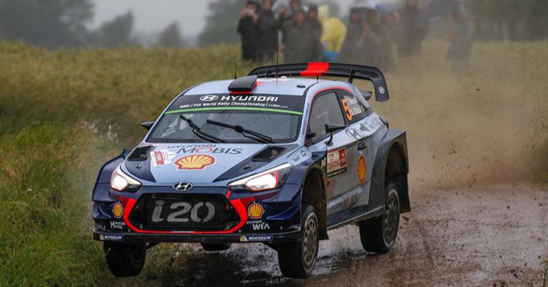 WRC: Taistelu Puolan rallin voitosta päättyi Tänakin ulosajoon