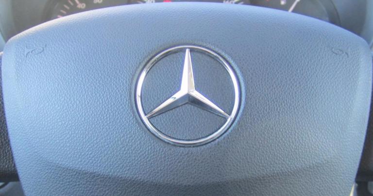 """Daimlerin """"takaisinkutsu"""" on vapaaehtoinen"""