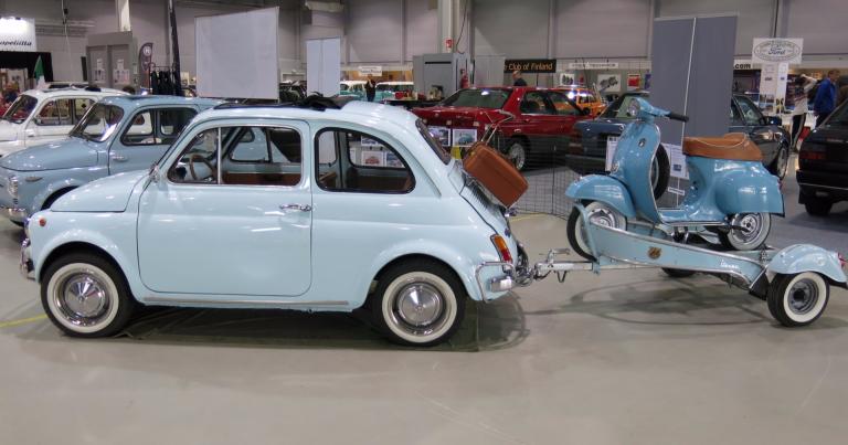Päivän museoauto: Matka jatkuu Vespalla, jos Fiatin matka katkeaa