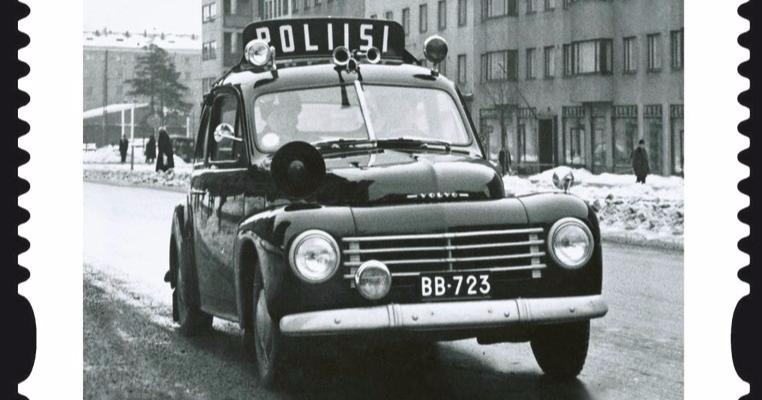 Päivän poliisiauto: Volvon ensimmäinen malli itsekantavalla korilla