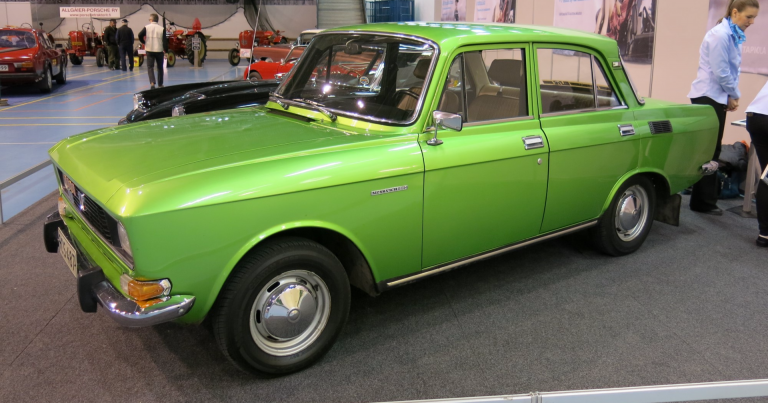 Päivän museoauto: Vuoden 1977 Moskvitsh Elite erikoisessa juhlavärissä