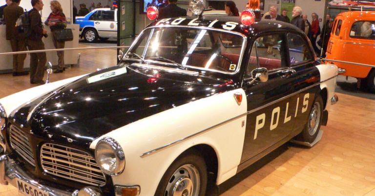 Päivän poliisiauto: Ruotsin poliisin Volvo Amazon