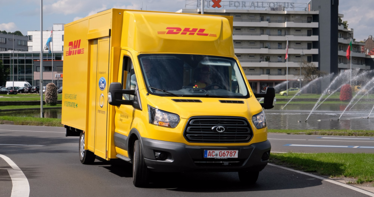 Ford Transitin alustalle perustuva sähköpakettiauto esiteltiin Saksassa