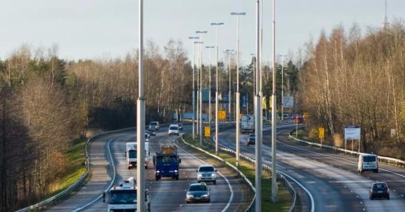 Liikenne- ja viestintävirasto tekee seurantatutkimuksen uuden ajokorttilain vaikutuksista