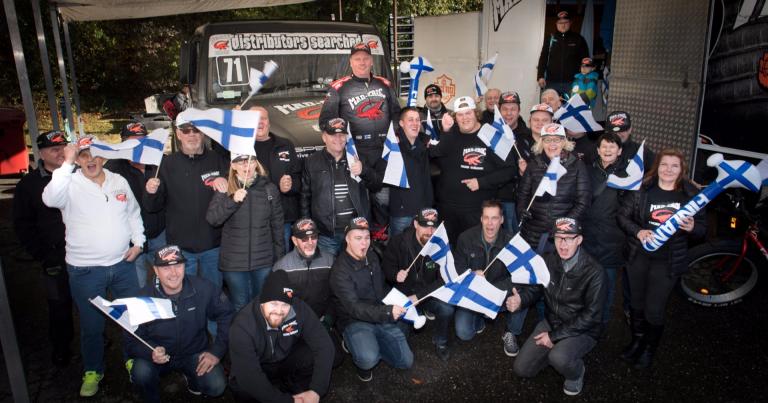Brittien ratakuorma-autosarja päättyi suomalaisjuhliin