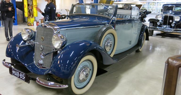 Päivän museoauto: Tämä Mercedes-Benz 230 ei ollut natsien käytössä