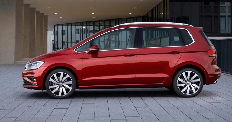Ensi vuoden alussa tuleva uudistunut Volkswagen Golf Sportsvan on hinnoiteltu