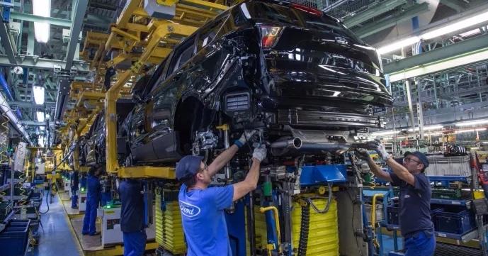 Ford keskeyttää koronaviruksen takia Euroopan auto- ja moottorituotantonsa