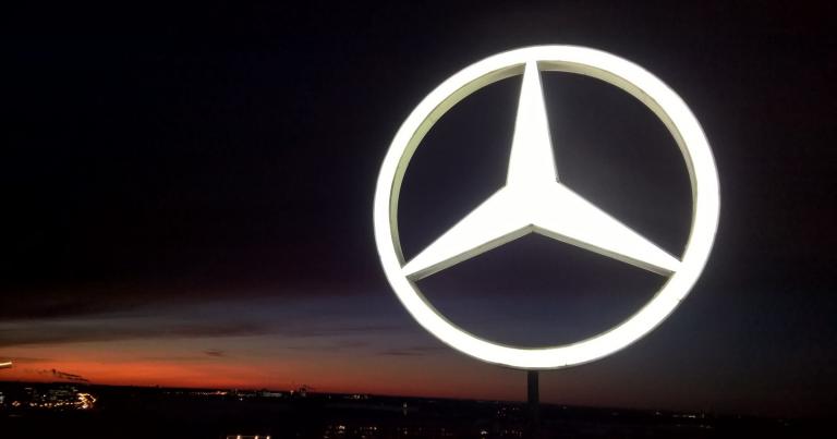 Mercedes-Benzillä koko historiansa paras vuosi!