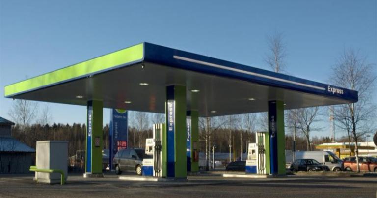 Autotoday 10 vuotta sitten: Maksaako litra bensiiniä 1,80 lähitulevaisuudessa?