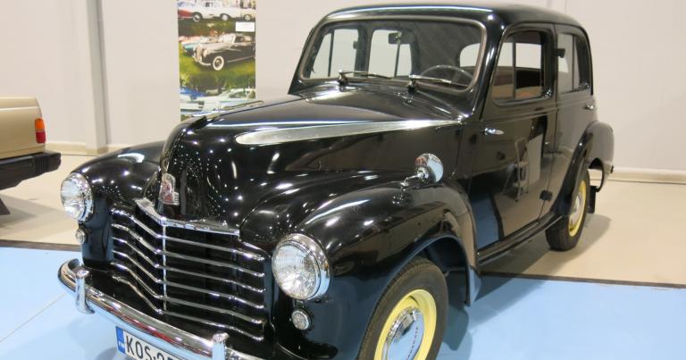 Päivän museoauto: Maatilan navetassa noin 30 vuotta ollut Vauxhall