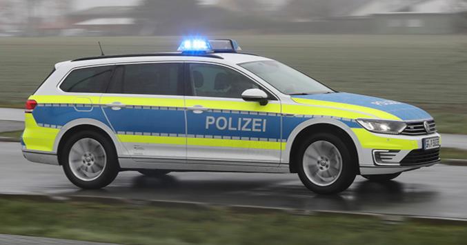 Päivän poliisiauto: Ladattavalla hybridillä yllätetään rosvot hiljaa hiipimällä!