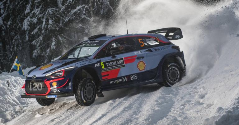 WRC: Hyundailla on kolmoisjohto Ruotsin rallissa