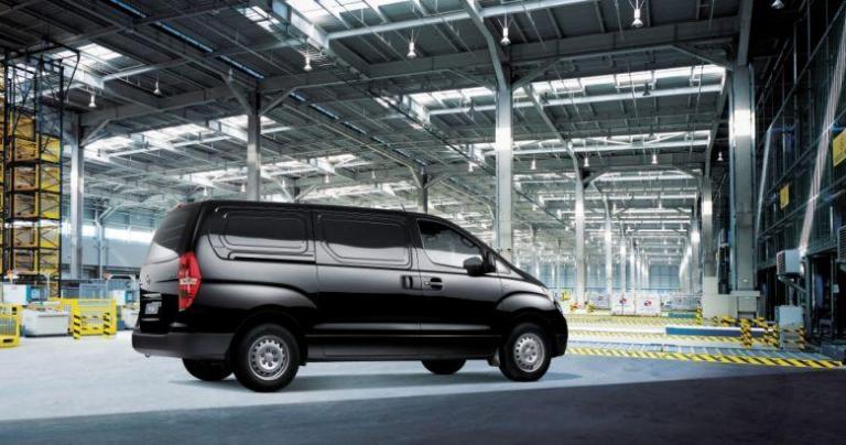 "Autotodayn juhlaviikon juttu: ""Hyundailta bussi suurperheelle"""