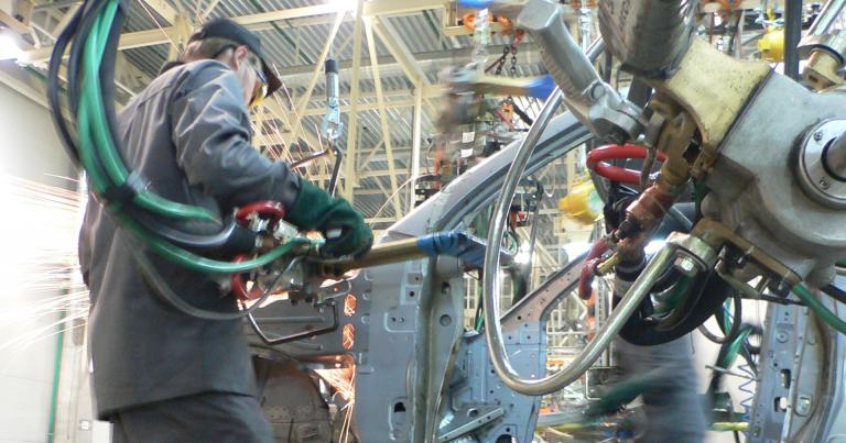 """Autotoday 10 vuotta sitten: """"Väärinkäytöksiä autotuotannon siirtämisessä Itä-Eurooppaan"""""""