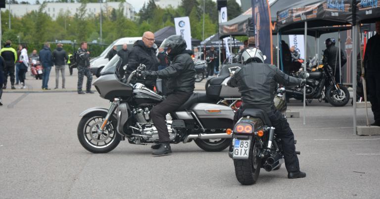 Kesäkuun alussa voi kolmessa kaupungissa yhdessä paikassa koeajaa 100 erilaista moottoripyörää