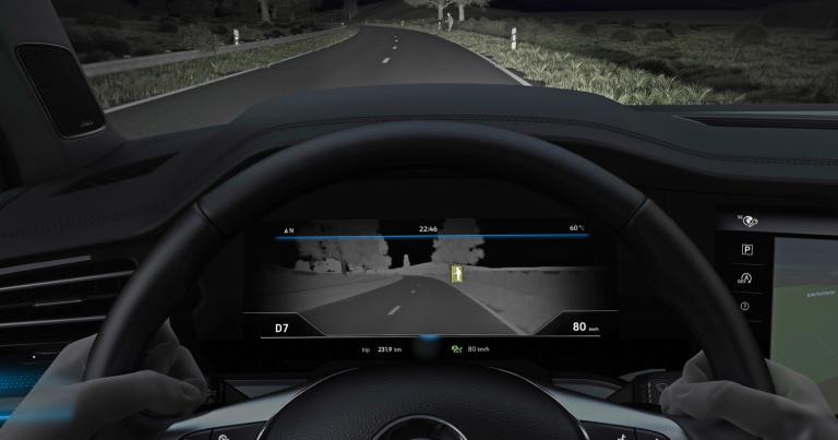 Uusi Volkswagen Touareg –malli näkee myös pimeässä!