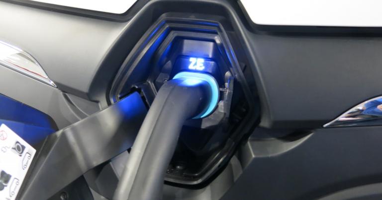 ETN: Tievaloista sähköautojen latauspisteitä