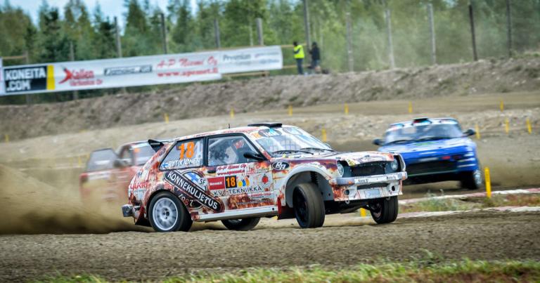 Rallicross: Autokrossi-luokan mestaruus ratkesi jo Jalasjärvellä