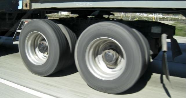 Autotoday 10 vuotta sitten: Hurja ajo jarruttomalla peräkärryllä