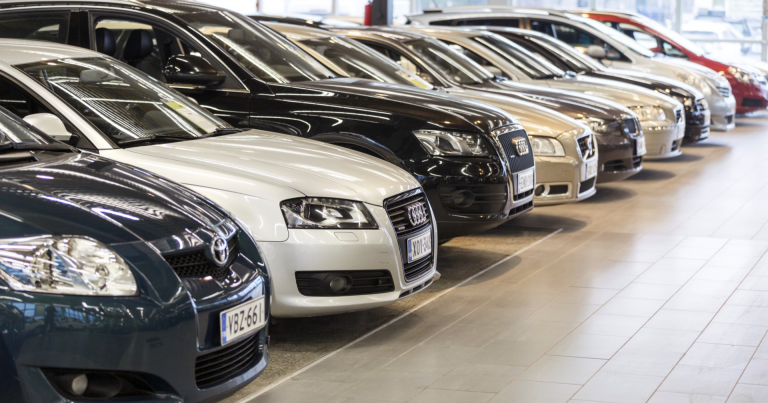 Auton väri ei ratkaise autokaupassa