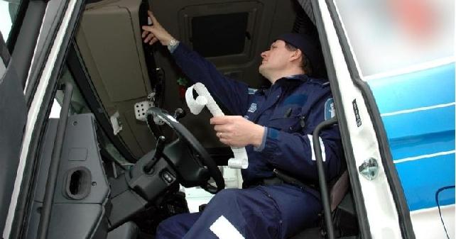 Lapin ja Oulun raskaan liikenteen yhteisvalvontaiskussa Meri-Lapissa paljon puutteita