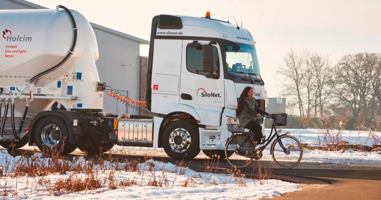 Pakollinen kääntymisavustin on kuorma-autojen turvallisuusteknologian seuraava askel