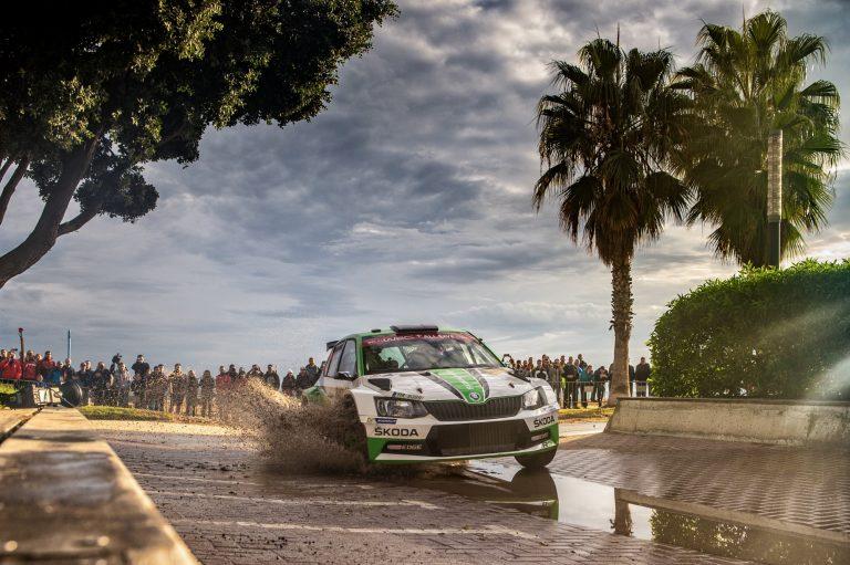 WRC: Kalle Rovanperä voitti WRC2-luokan Espanjan MM-rallissa