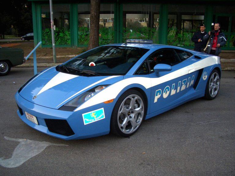 """Autotoday 10 vuotta sitten: """"Tästä autosta Suomen poliisi kannattaa olla kateellinen"""""""