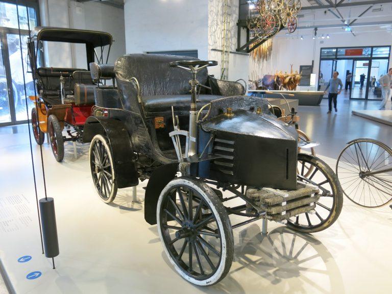 Päivän museoauto: Venäjän sotasaaliiksi joutunut yksi ensimmäisistä Berliinissä rakennetuista autoista