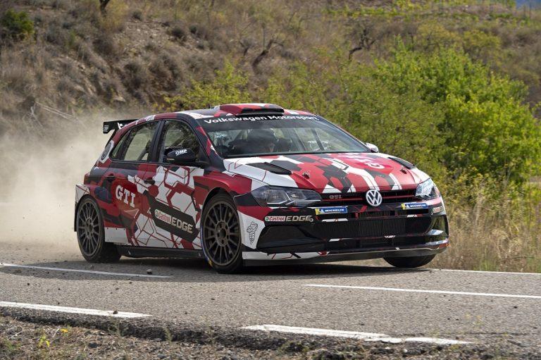 Volkswagenin R5-ralliauto mukana Espanjan MM-rallissa
