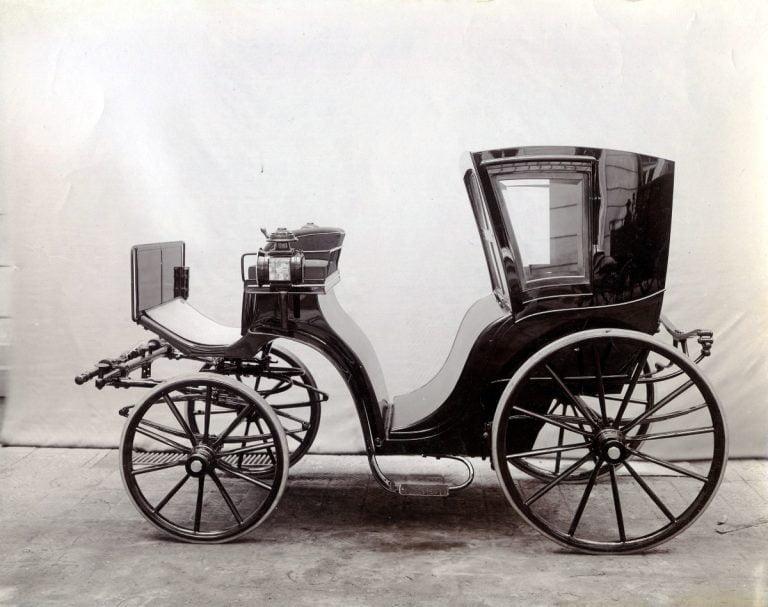 Historian havinaa: Sähköistä sähinää parinsadan vuoden ajalta – sähköautoko uutuus?