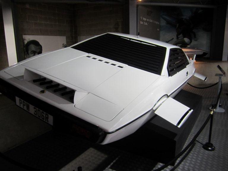 MSN: Muistatko kaikki nämä 100 James Bond – autoa?
