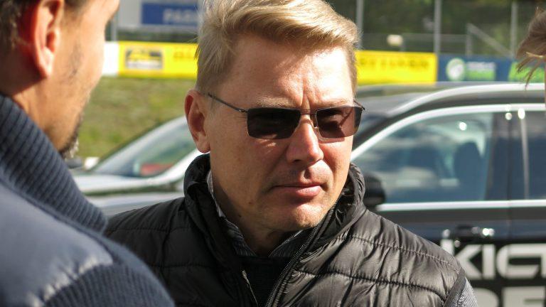 Mika Häkkinen: Huono lähtö ja huono taktiikka koituivat Bottaksen kohtaloksi