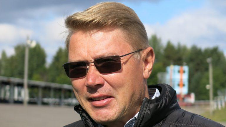 """Mika Häkkinen: """"Ricciardon lähteminen Renaultilta oli viime viikon isoimpia uutisia"""""""