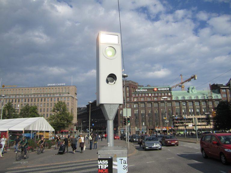 Helsinkiin lisää peltipoliiseja – suunnitelmissa jopa 70 uutta valvontapistettä