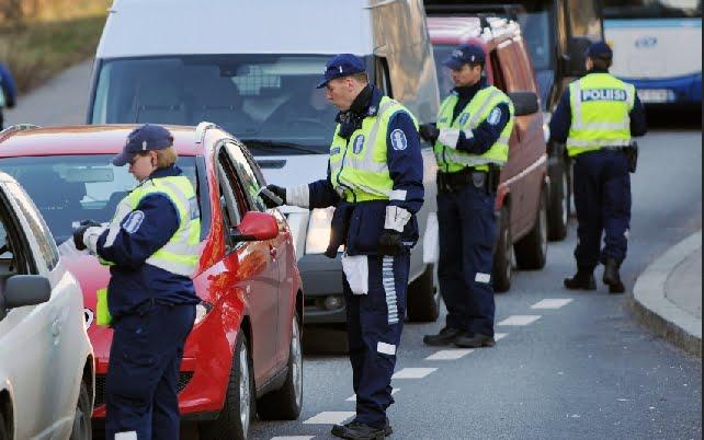 Poliisi: Liikenteen joka päivä on tipaton!