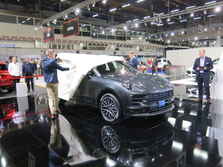 Uusi Porsche Macan paljastettiin Auto 2018 -tapahtumassa