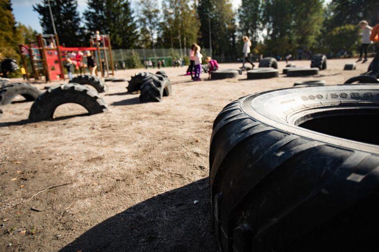 Näinkin voi hyödyntää käytöstä poistettuja renkaita