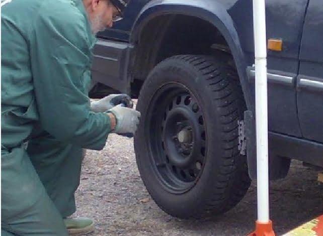 Renkaiden vaihdon yhteydessä kannattaa tarkastaa renkaat