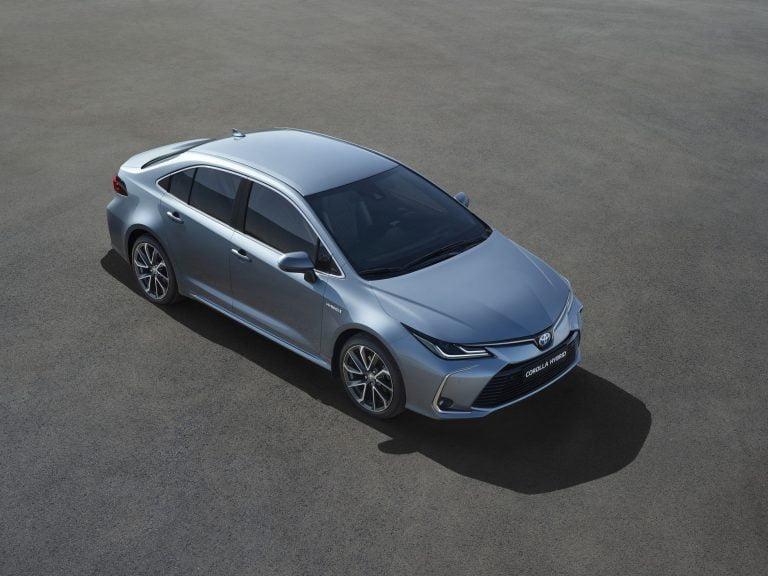 Uuden Toyota Corollan myynti on alkanut — halvin malli maksaa alle 23 000 €