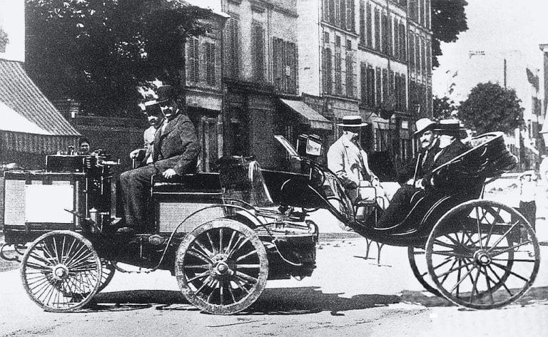 Historian havinaa: Autourheilun alku – moottoriurheilukilpailu 1894