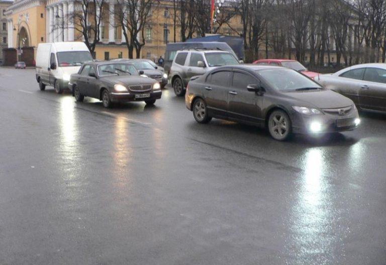 Ensi vuoden alussa voi tulla ongelmia Venäjän tullin kanssa, kun matkustaa henkilöautolla Venäjälle